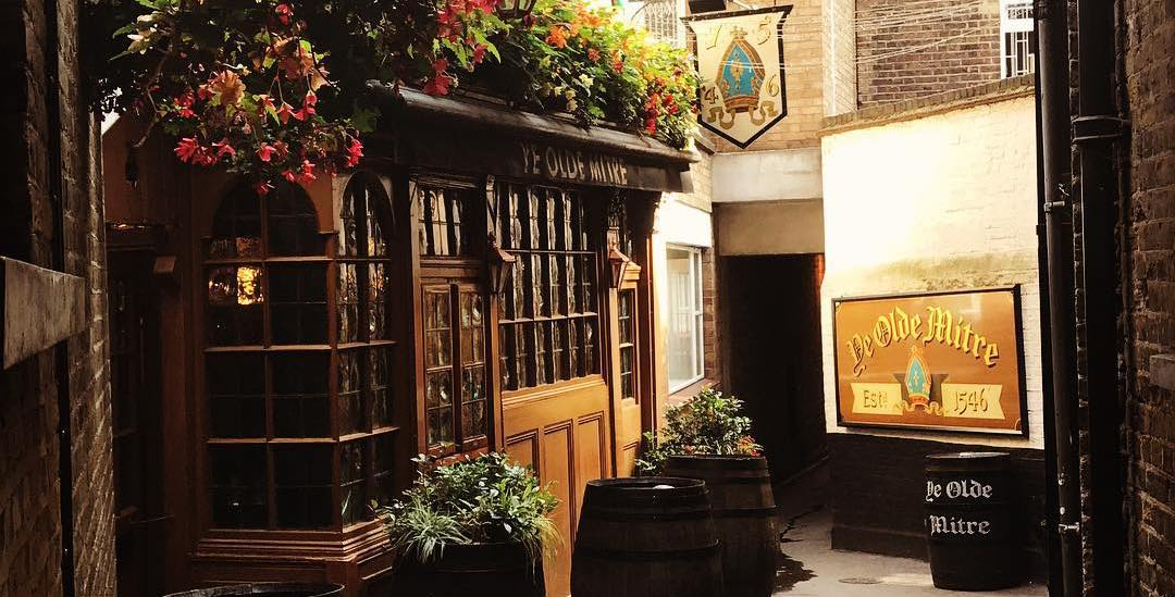 the-oldest-pubs-in-london-(and-why-you-should-drink-there)